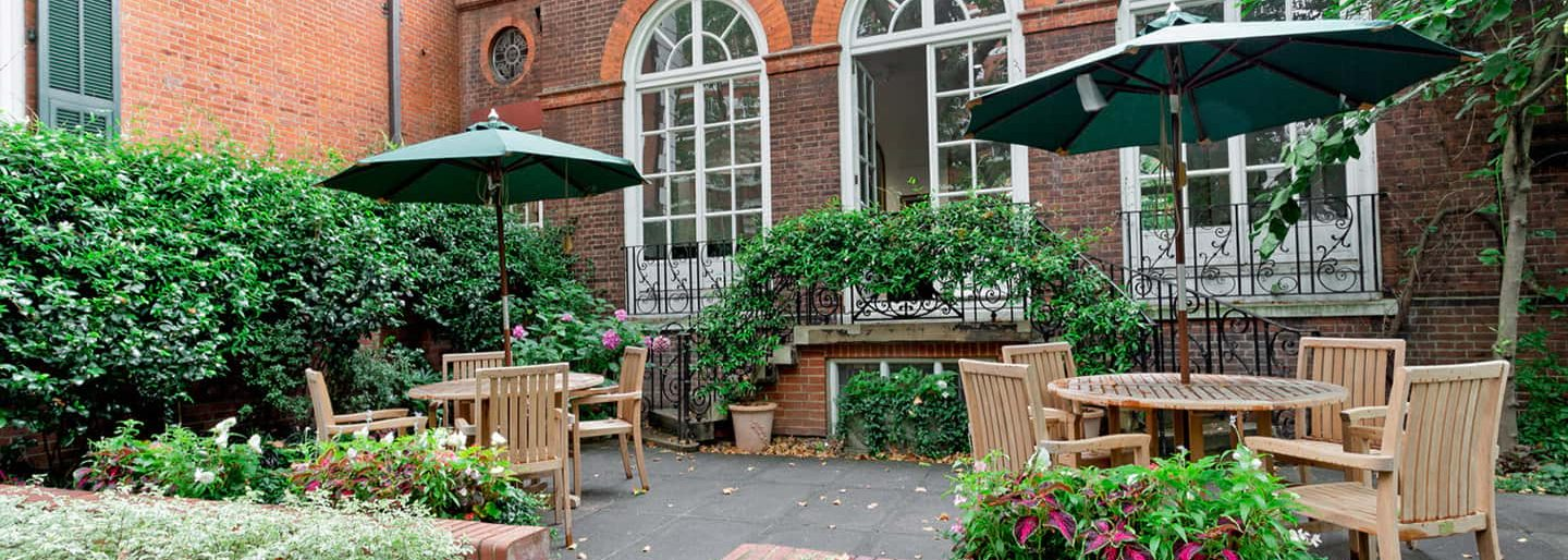 The Courtyard Garden at 170 Queen's Gate makes a wonderful outdoor dining venue in London