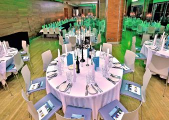 queens-tower-rooms-dinner-setting-party-venue